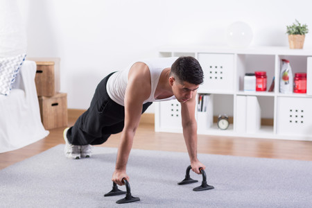 Consejos para que puedas aprovechar más tus rutinas de entrenamiento caseras